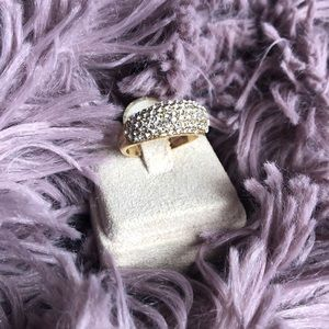 Gold Crystal Ring Size:6.5